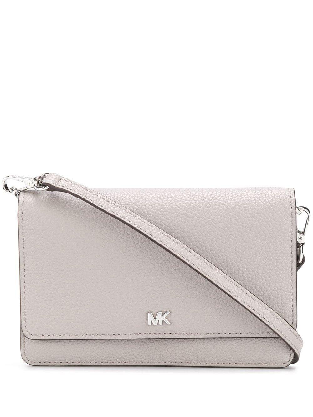Handtaschen von Michael Kors in Grau | handtaschen.blog